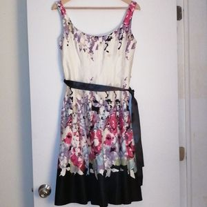 Jolibel flower dress size 6